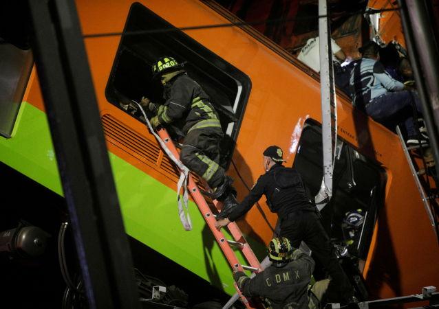 墨西哥城地鐵橋倒塌事故致13死70傷