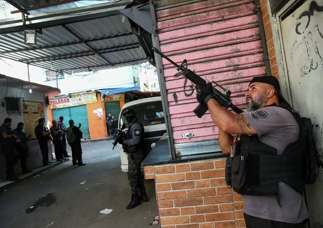 巴西20人團伙搶劫市內多家銀行