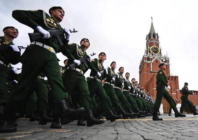民调:超过80%的俄罗斯人相信军队有能力保卫国家免受军事威胁