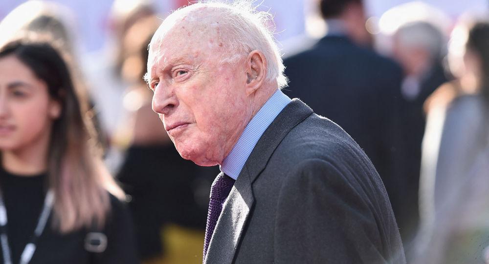 全球最长寿演员诺曼·劳埃德去世享年106岁