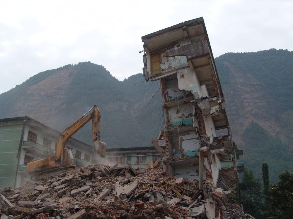 遭地震损毁的房屋。