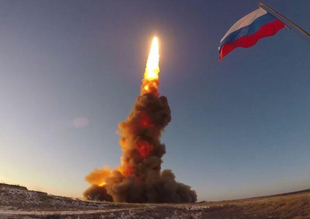 俄空天军完成了反导防御系统新型反导导弹的发射