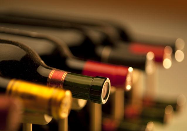 俄卫生部副部长称俄烟酒消费减少
