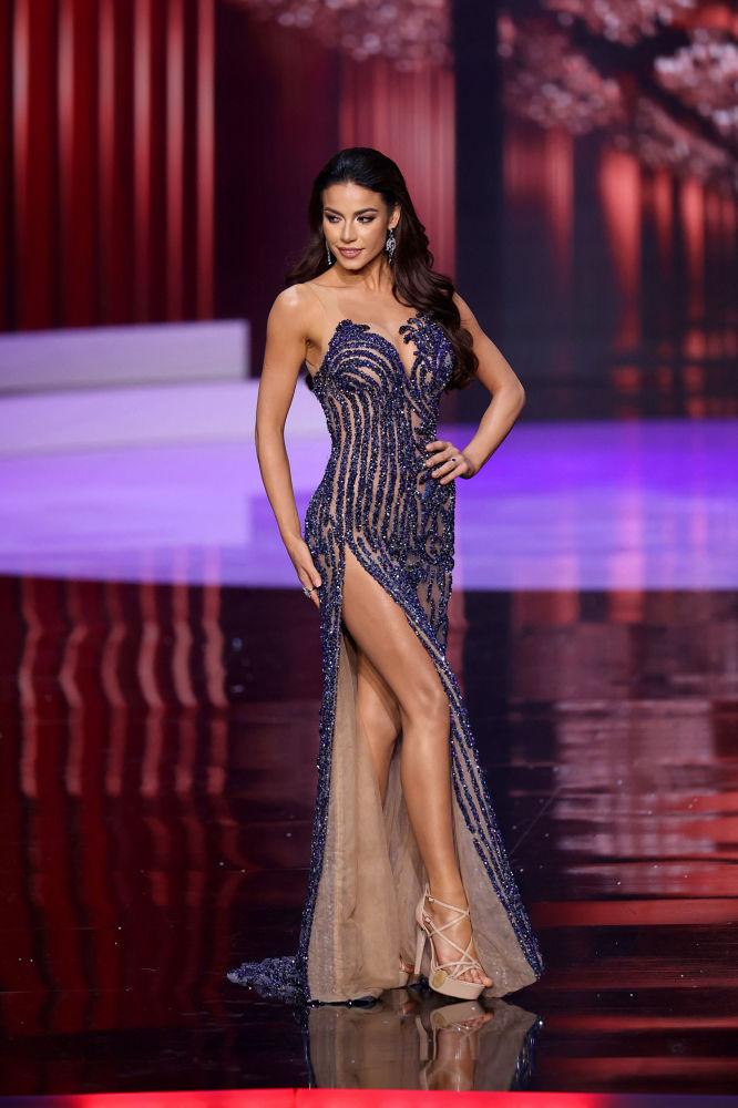 巴西小姐朱莉婭•伽瑪在決賽中。