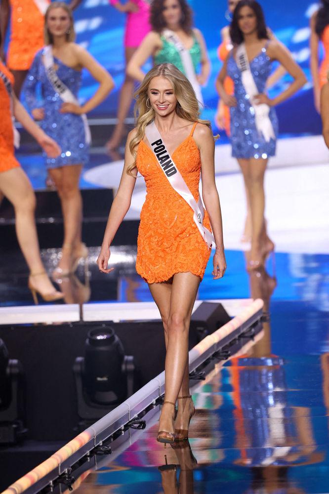 波蘭小姐納塔利婭在決賽中。