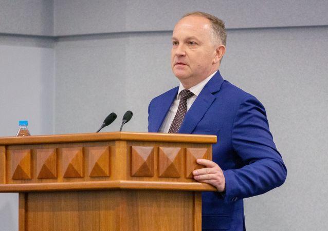 俄符拉迪沃斯托克市长宣布辞职