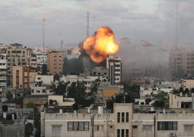 以色列軍方:以軍發動空中打擊 目標是九座火箭彈發射裝置