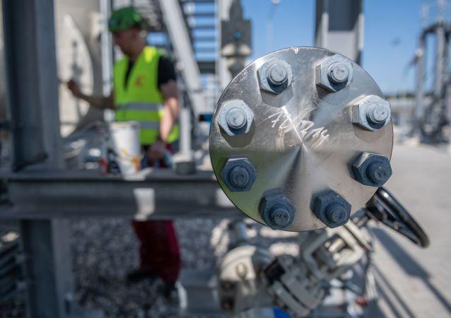 俄议员:美德协议不影响俄罗斯供应天然气方面的立场
