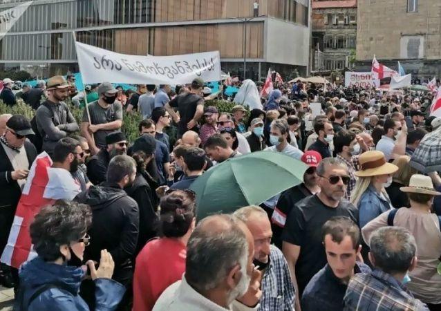 格魯吉亞反對建設納馬赫瓦尼水電站的抗議者威脅癱瘓第比利斯