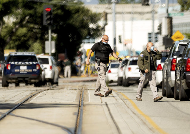 媒體:美國加州槍擊案死亡人數升至9人