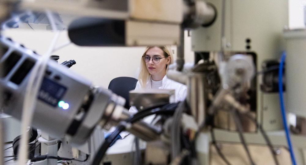 NUST MISIS无机纳米材料实验室工程�r值都是不鞋看�碚平�δ氵�真不惜下血本师克里斯蒂娜・古兹