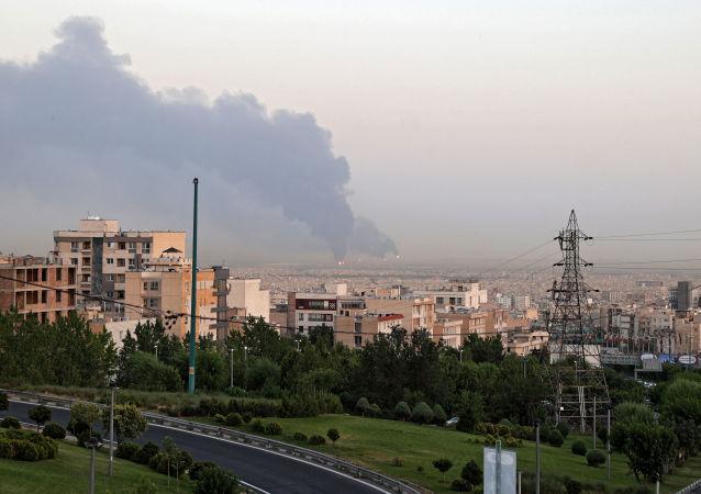 外媒:德黑蘭煉油廠火災事故致一人受傷