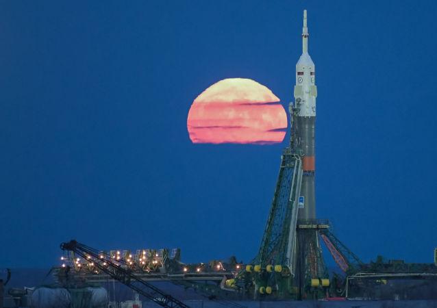 俄航天集團公司向月球發射俄首個自動站的工作推遲兩個月