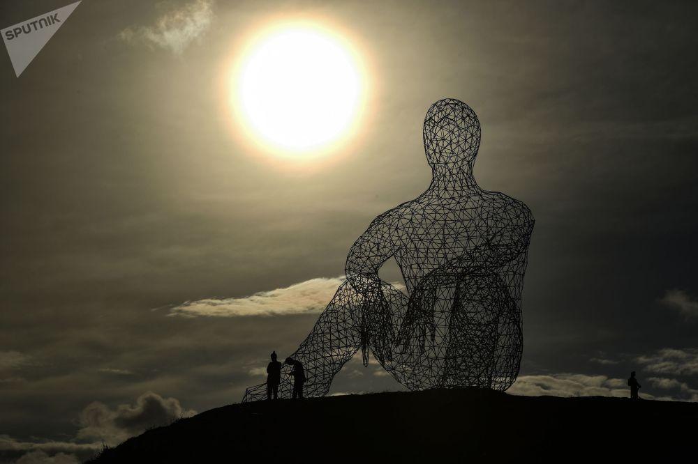 苏达克市举行塔夫里达ART-2021文化节。