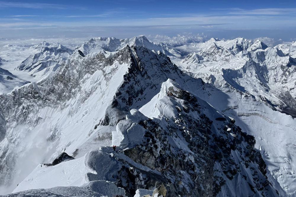 喜马拉雅山珠穆朗玛峰。
