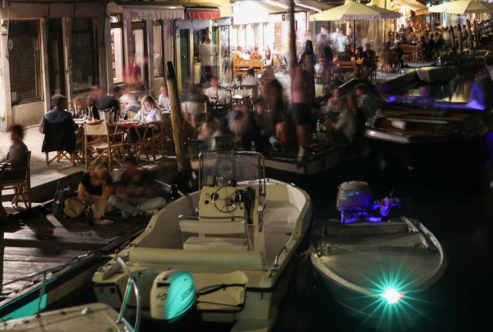 """水城威尼斯成为""""白色区域"""""""