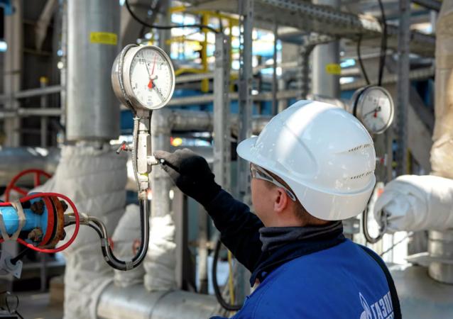 普京啓動俄羅斯天然氣公司在斯沃博德內市工廠阿穆爾天然氣加工廠的生產