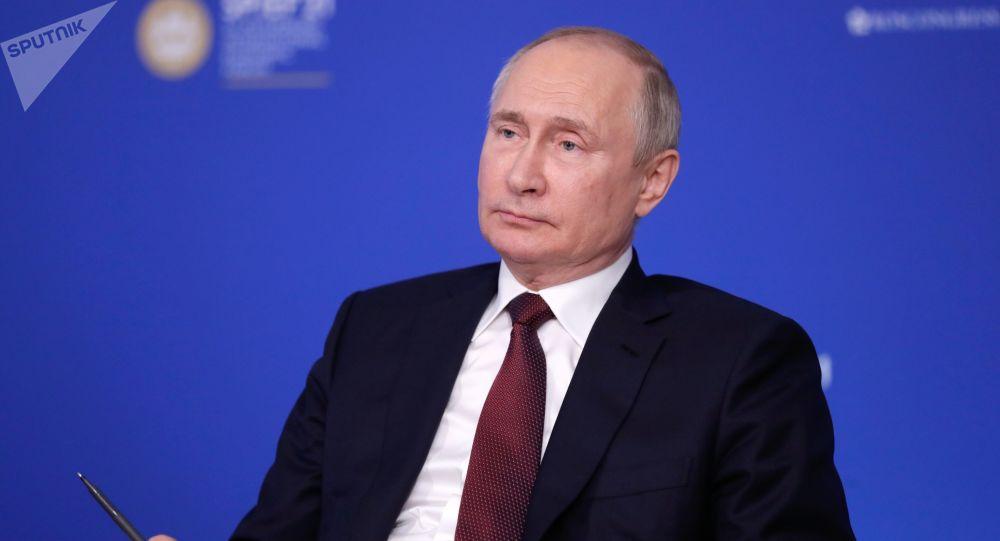 普京:疫情後果尚未徹底消除但經濟在復蘇