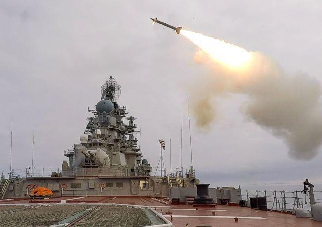 俄艦艇在太平洋進行導彈射擊演習