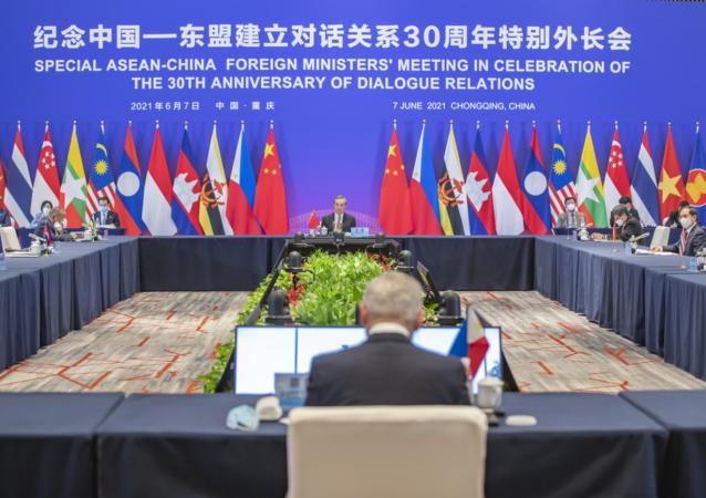 中国在与美国竞争在东盟地区的影响力时占上风