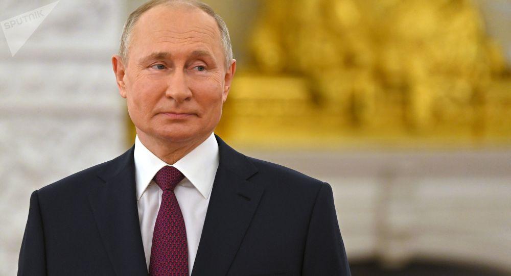 俄羅斯總統新聞秘書佩斯科夫稱,普京正在飛往日內瓦與拜登會晤,將準時飛抵
