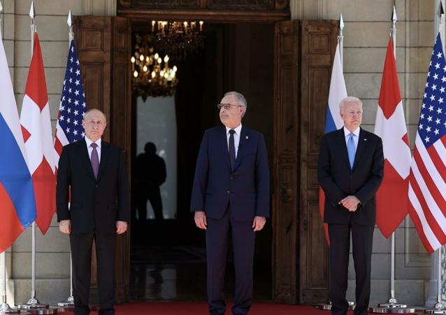 俄美瑞三国领导人在俄美峰会前合影