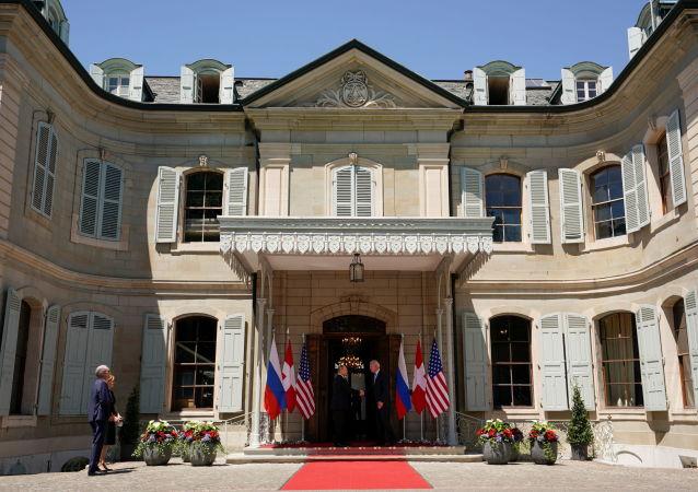 俄总统新闻秘书:重要的是明白俄美在日内瓦达成的哪些协议具有活力