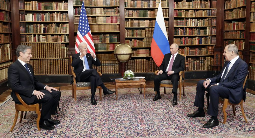 英国专家:间谍活动和网络安全成为俄美峰会的主要议题
