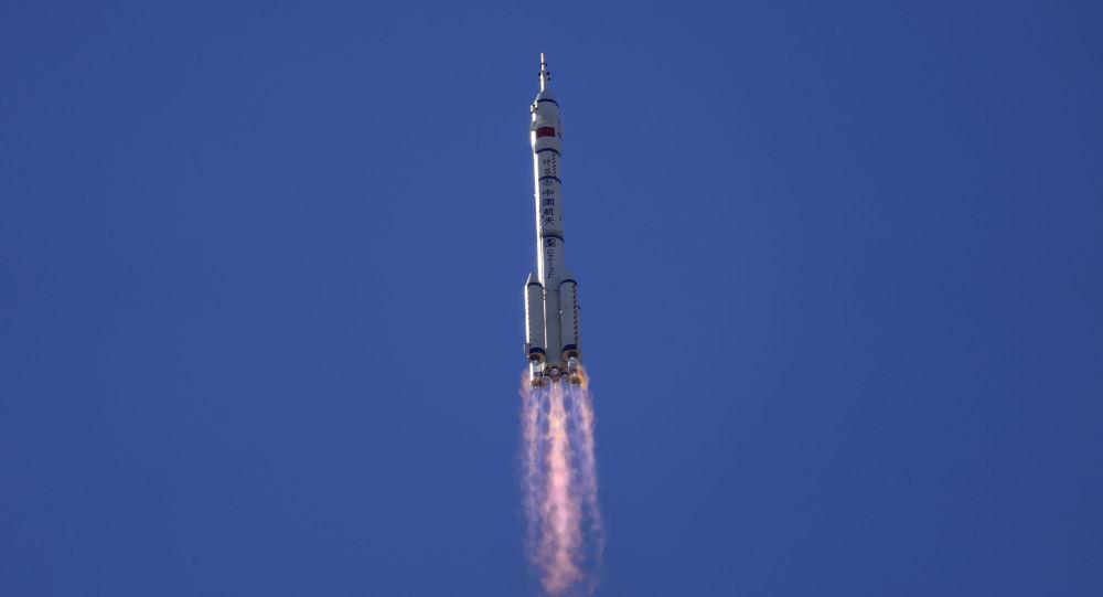 """俄罗斯国家航天集团公司祝贺中国同行将首批考察组发射前往""""天宫""""号空间站,并指出中国太空技术的积极发展。"""