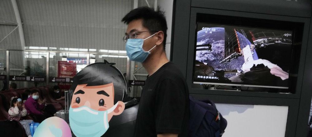 中国神舟十二号3名航天员顺利进驻天和核心舱