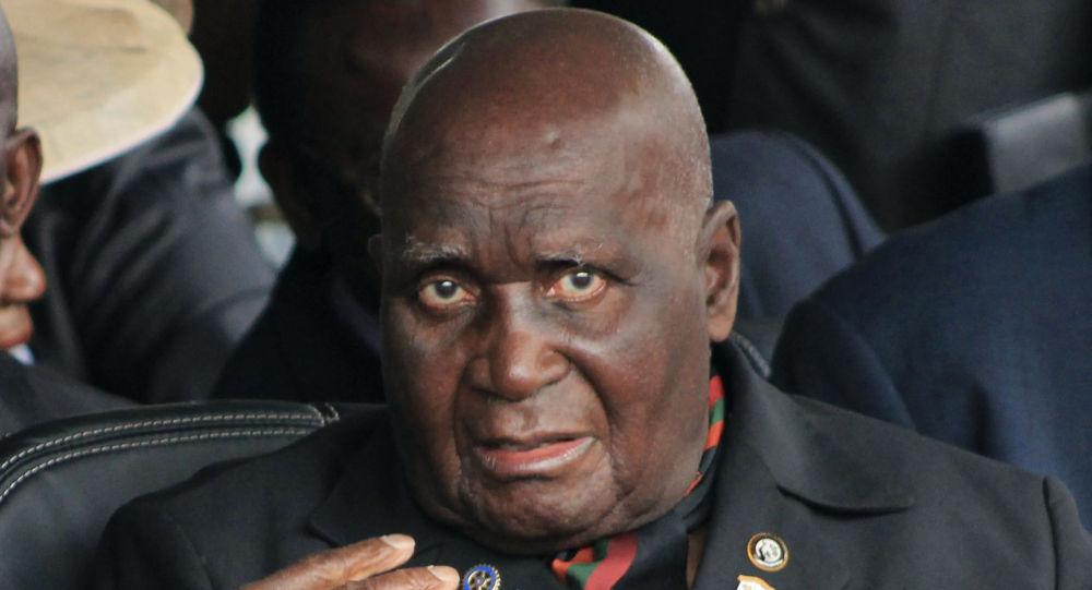 中國外交部:中方對贊比亞開國總統卡翁達逝世表示沈痛哀悼