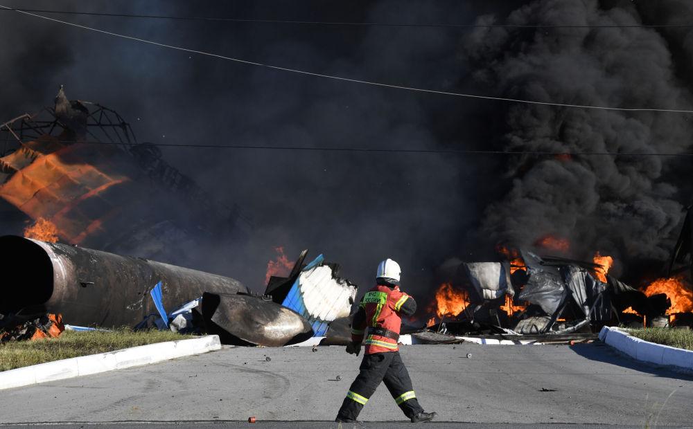 新西伯利亞市一加油站起火