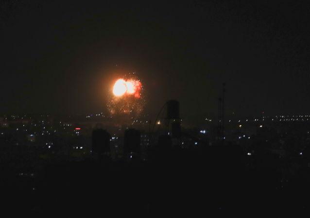 以色列軍方打擊哈馬斯設施以回應從加沙地帶發射的火箭彈