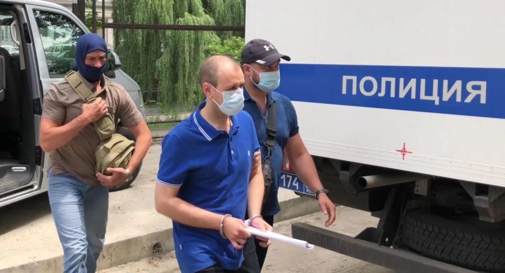 俄联邦安全局:一名为乌克兰收集俄空军飞行信息的克里米亚居民被逮捕