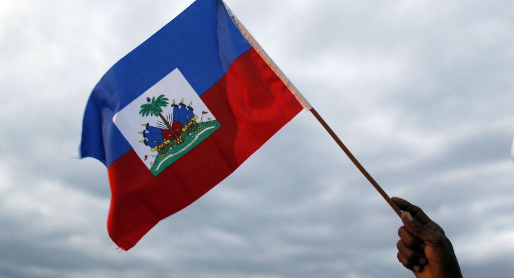 媒体:因海地议会大楼外发生枪战 前议长未能宣誓成为临时总统