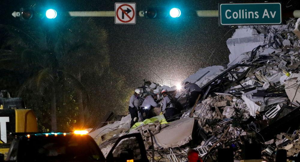 美总统宣布佛罗里达州进入紧急状态 该州高楼倒塌事故已致近百人失踪