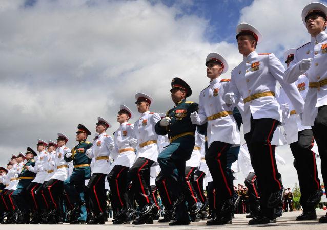 乌苏里斯克苏沃洛夫军事学院毕业典礼