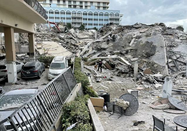 美国佛罗里达州高楼坍塌事件死亡人数增至28人