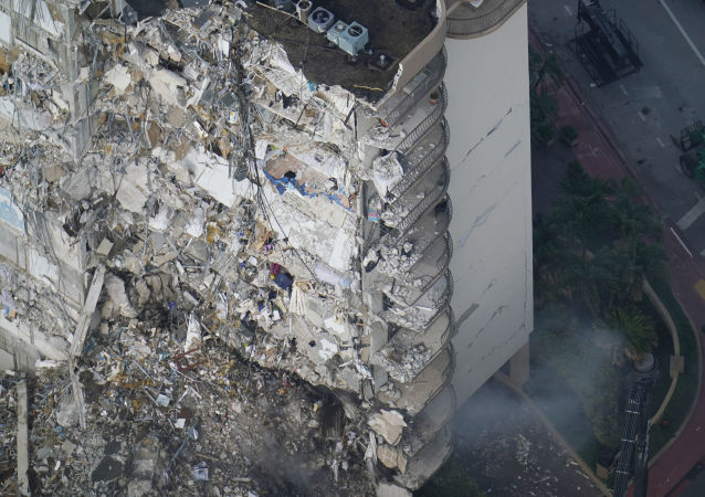 美国佛罗里达州大楼坍塌事故死亡数量升至11人
