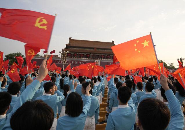 习近平:中华民族伟大复兴进入不可逆转的历史进程
