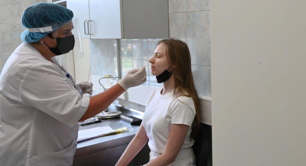 俄防疫指挥部:俄单日新增新冠病毒感染病例23508例 累计超631.2万例