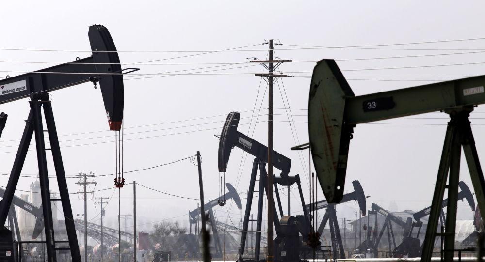 媒体:必和必拓考虑退出石油及天然气业务