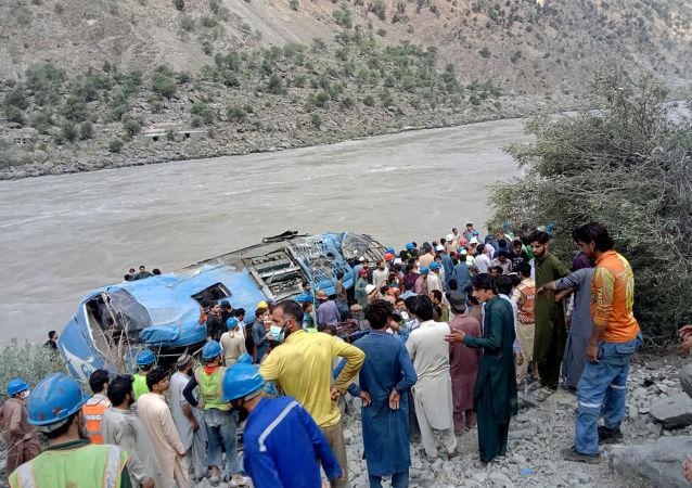 巴基斯坦外长:目前尚未发现在巴中企班车爆炸事件有恐怖袭击背景