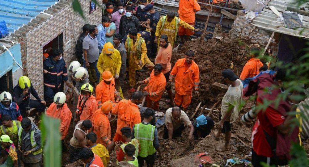 媒体:印度孟买山体滑坡造成至少17人死亡