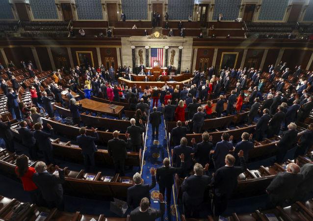 """美众议院通过拨款法案 禁止""""中国地图含台湾"""""""