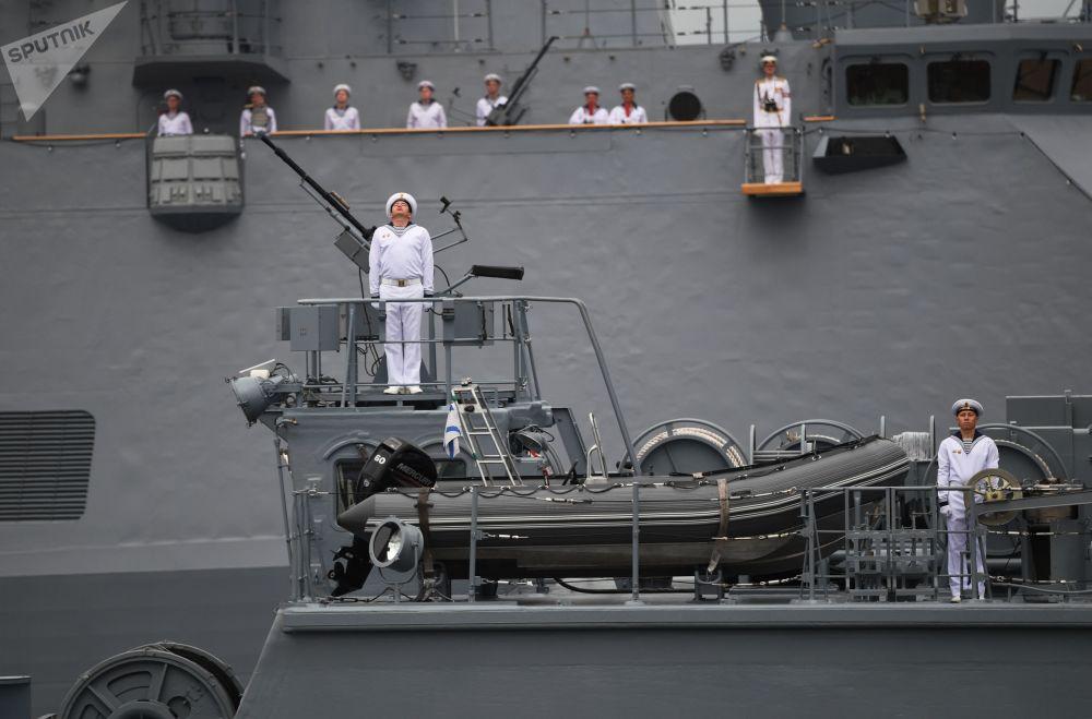 俄羅斯各地舉行活動慶祝海軍節