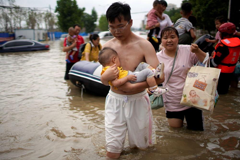 中国水灾:1100百万人受灾