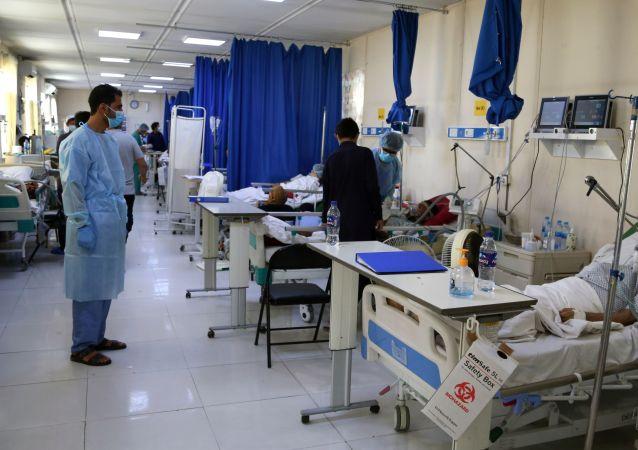 阿富汗总统助理:准备为塔利班控制区居民接种新冠疫苗