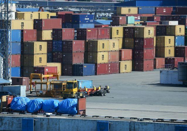 俄海關署:俄2021年貿易額可能達到2019年水平