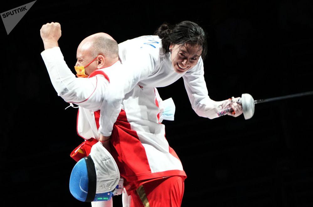 东京奥运会上的表情包:眼泪、尖叫、跳跃和破碎的球拍